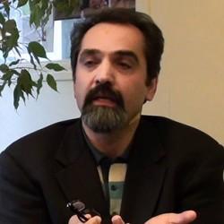 """توافق هسته ای حافظ حقوق ملت یا تلاشی برای دفاع از """"حیثیت"""" ولیفقیه"""